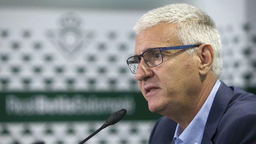 El nuevo director general deportivo verdiblanco ya ejerce
