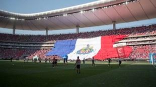 Estadio de Chivas cumple 10 años.