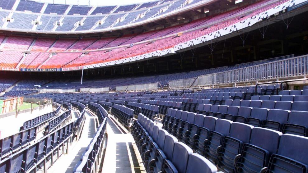 Camp Nou vacío.