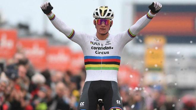 Mathieu van der Poel, en la Copa del Mundo de ciclocross.