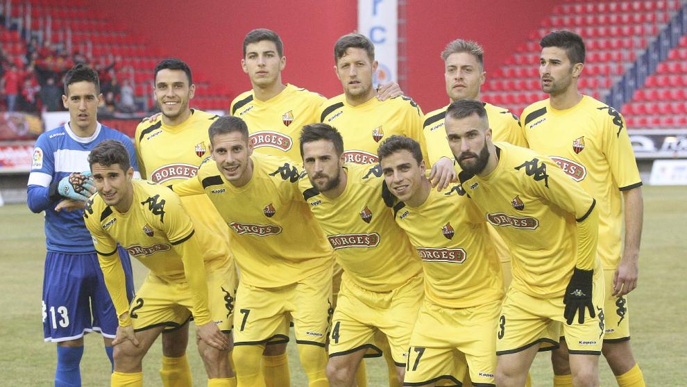 El Reus antes de otro partido de Segunda en aquella temporada 2016-2017.