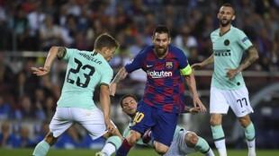Messi, en un partido con el Inter.