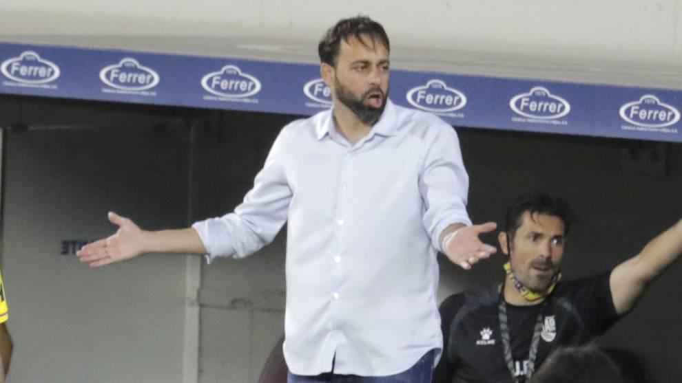 Fran Fernández, durante un encuentro con el Alcorcón..