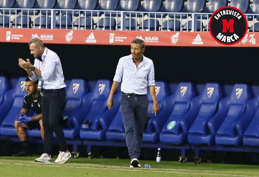 Óscar Cano, en primer término, durante la final del 'playoff' de...