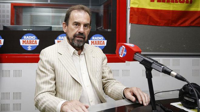 Ángel Torres, en una imagen de archivo durante una visita a Radio...