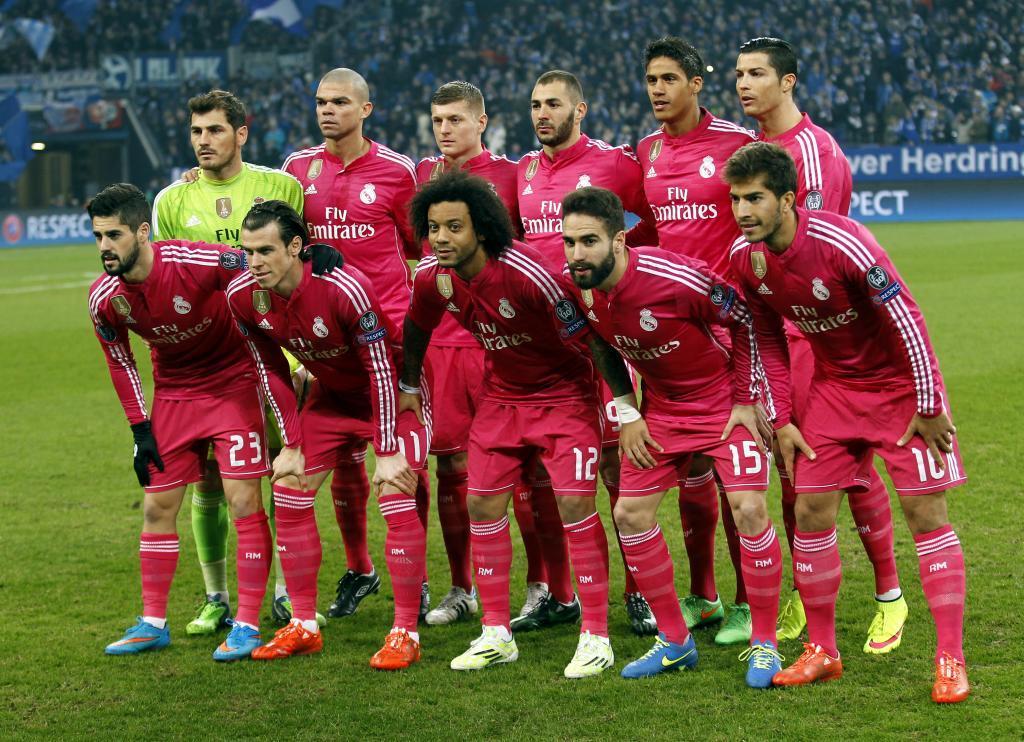El Real Madrid posando antes de un encuentro frente al Schalke (2015)