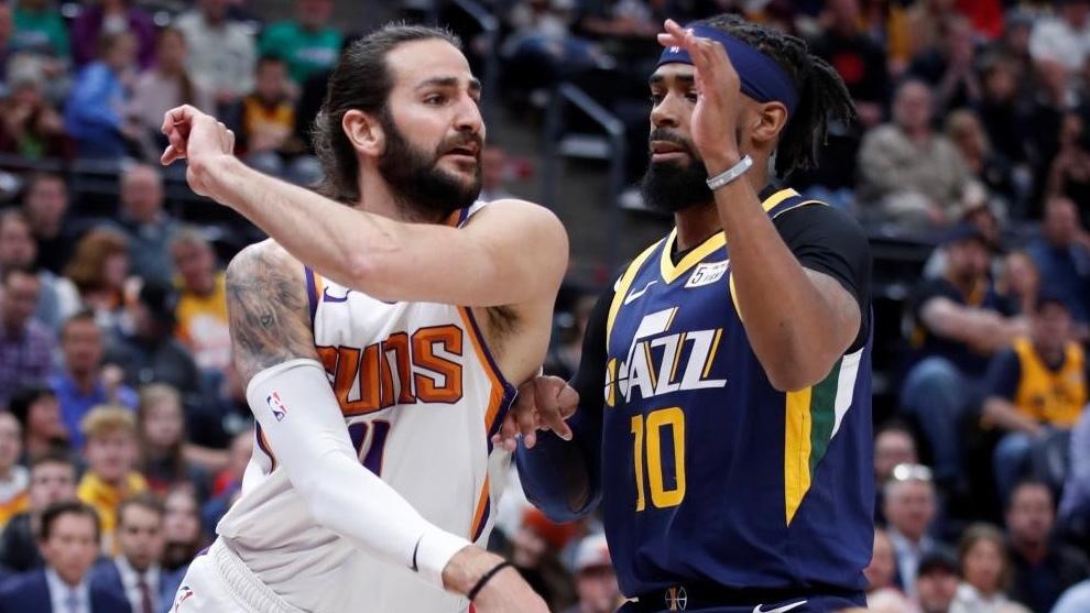 Ricky Rubio, durante un partido con los Suns. MARCA