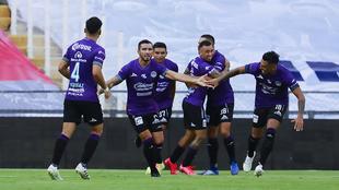 Jugadores del Mazatlán FC celebraron el gol del empate ante los...