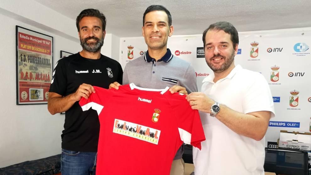 Rafa Márquez empieza su carrera como entrenador en España
