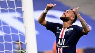 Neymar durante el partido del PSG ante el Olympique