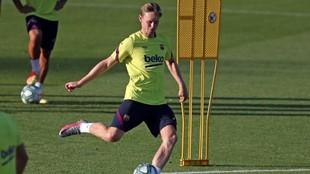 De Jong, en un entrenamiento.