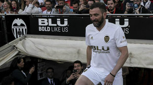 Camarasa en el partido de las leyendas grabado por Parejo.