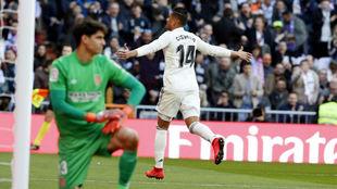 Casemiro celebra un gol en LaLiga 19-20