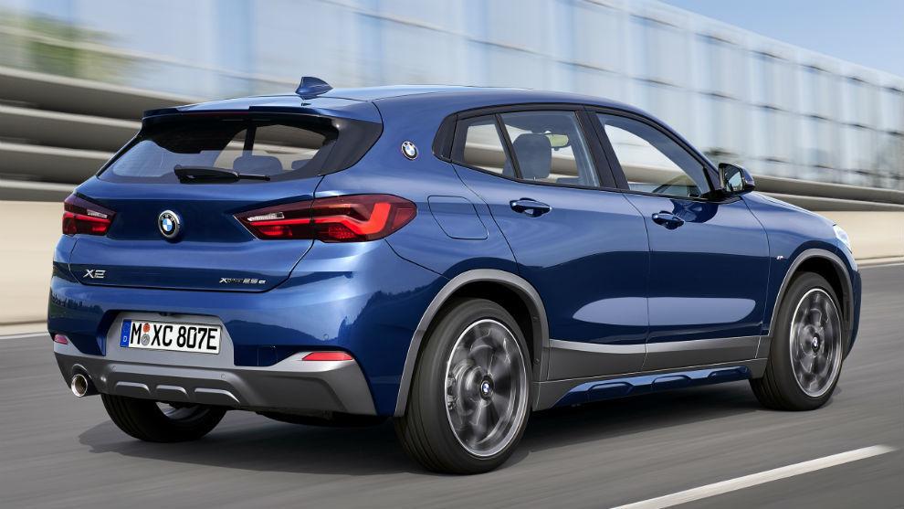 Tiene tracción en las cuatro ruedas y una autonomía eléctrica de 53/57 km.