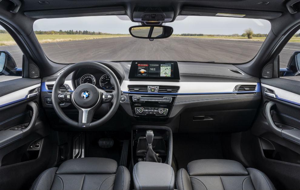 El BMW X2 xDrive25e está disponible en España desde 48.500 euros.