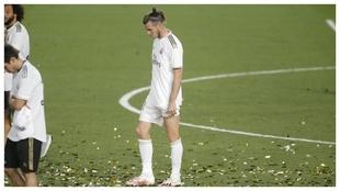 Bale, cabizbajo durante la celebración del título de Liga.