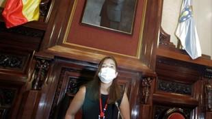 La alcaldesa de La Coruña, Inés Rey, durante el acto institucional