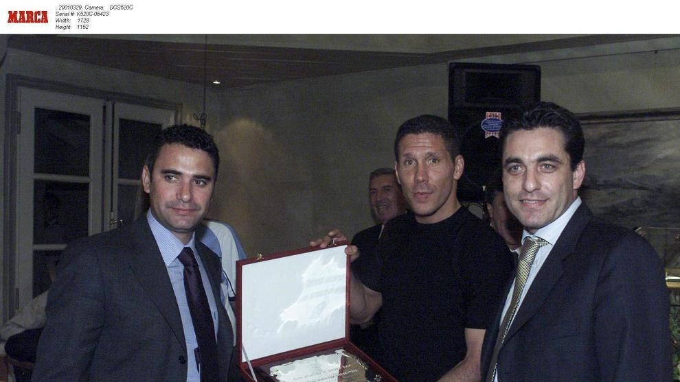 Futre with Simeone and Manolo.