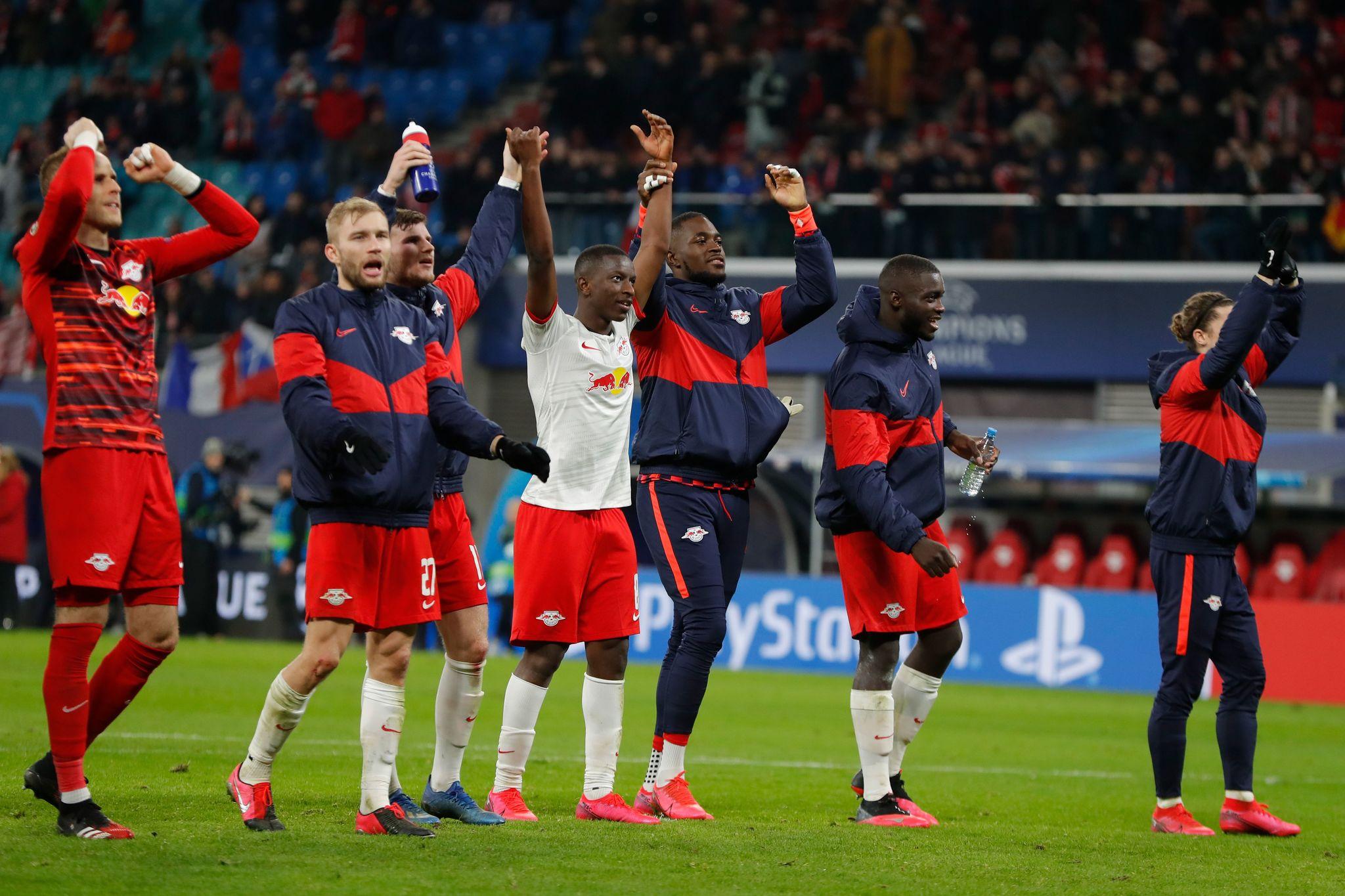 El Leipzig celebrando el pase a cuartos de final frente al Tottenham