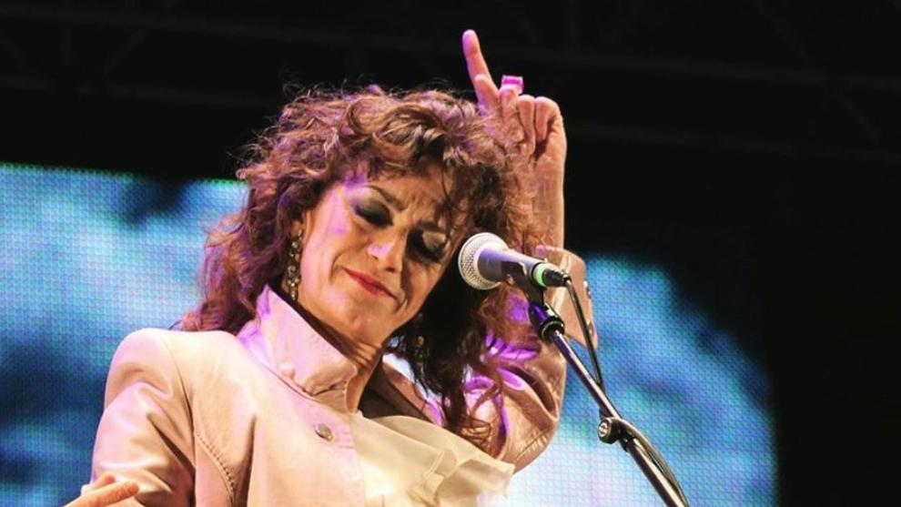 """La cantante Carmen París abraza la teoría de la conspiración con el coronavirus: """"Es una farsa"""""""
