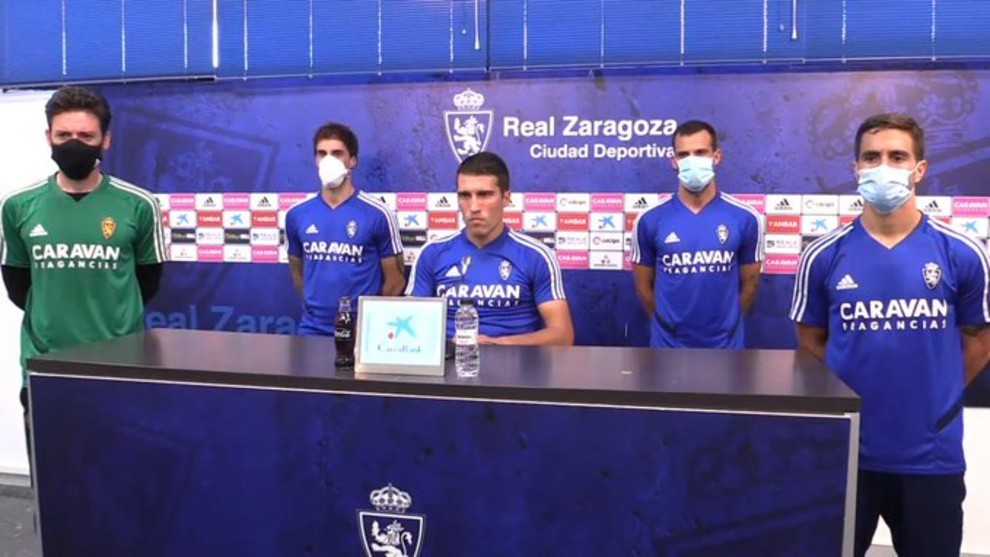 Zapater along with fellow captains Cristian, Eguaras, Guitian and Javi...