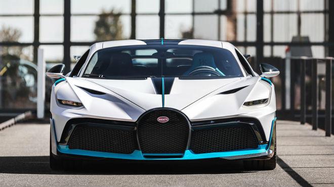Una de las primeras unidades fabricadas del Bugatti Divo.