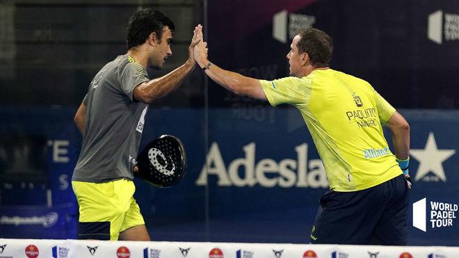 Pablo Lima y Paquito Navarro celebran su victoria en octavos.