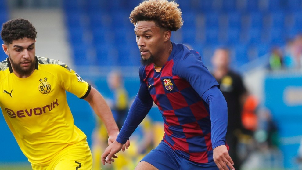 Konrad de la Fuente makes history after being called up for Napoli tie