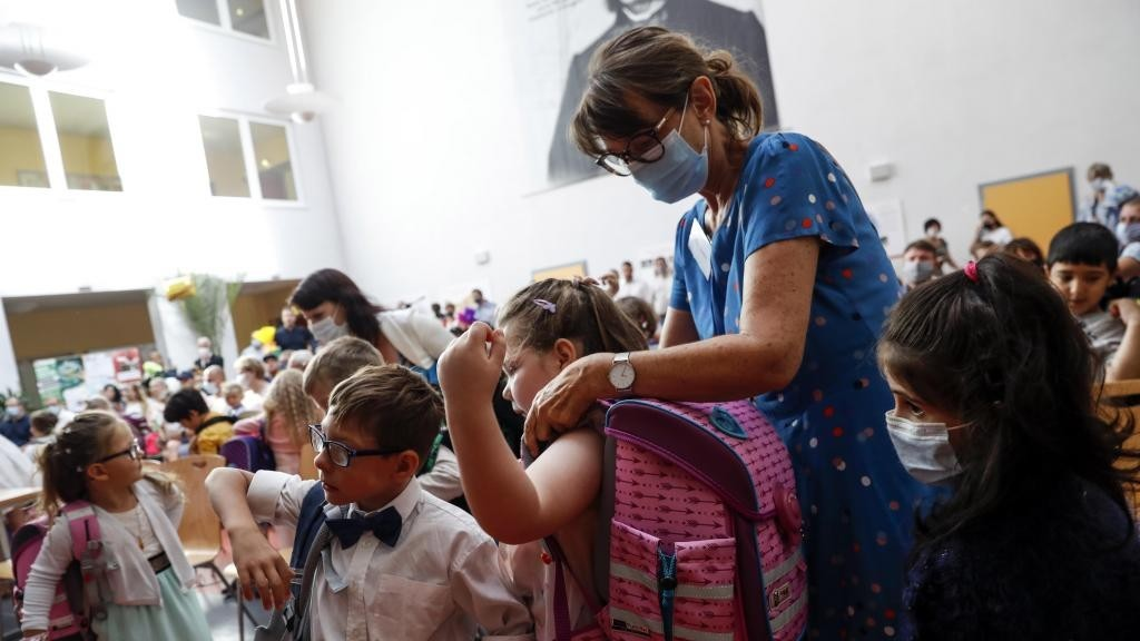 Alemania cierra escuelas por contagios de coronavirus