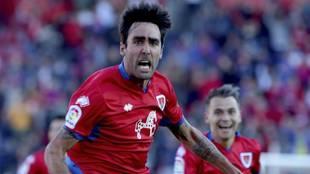 Alberto Escassi celebra un gol con el Numancia
