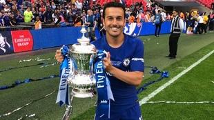 Pedro, celebrando un titulo con el Chelsea