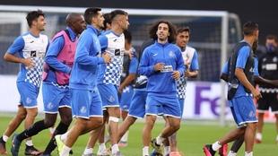 Los jugadores del Getafe, durante un entrenamiento. EFE