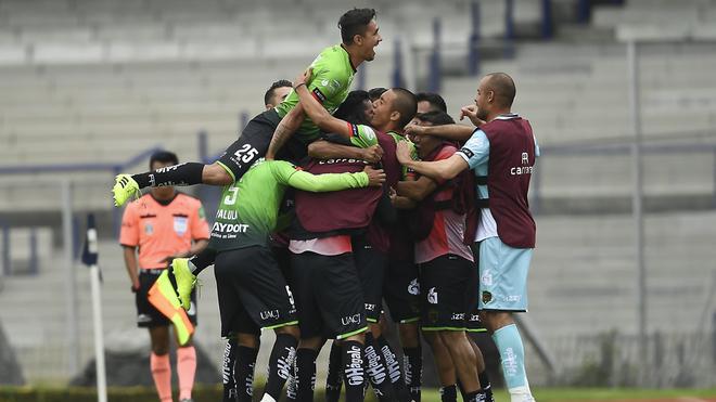 Bravos rescatan empate ante los Pumas, pese a dos expulsiones y un penal en su contra