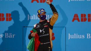 Da Costa, en el podio de Berlín, campeón.