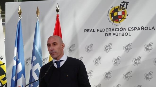 Luis Rubiales, durante una comparecencia en el confinamiento.