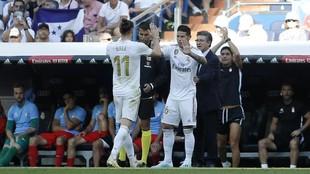 James entra en lugar de Bale en el partido ante el Granada de la...