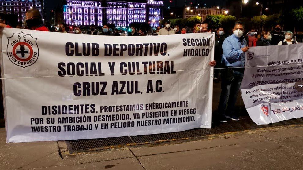 Cooperativistas realizaron una propuesta en el Zócalo capitalino.