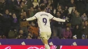 Enes Ünal celebra un gol ante el Leganés
