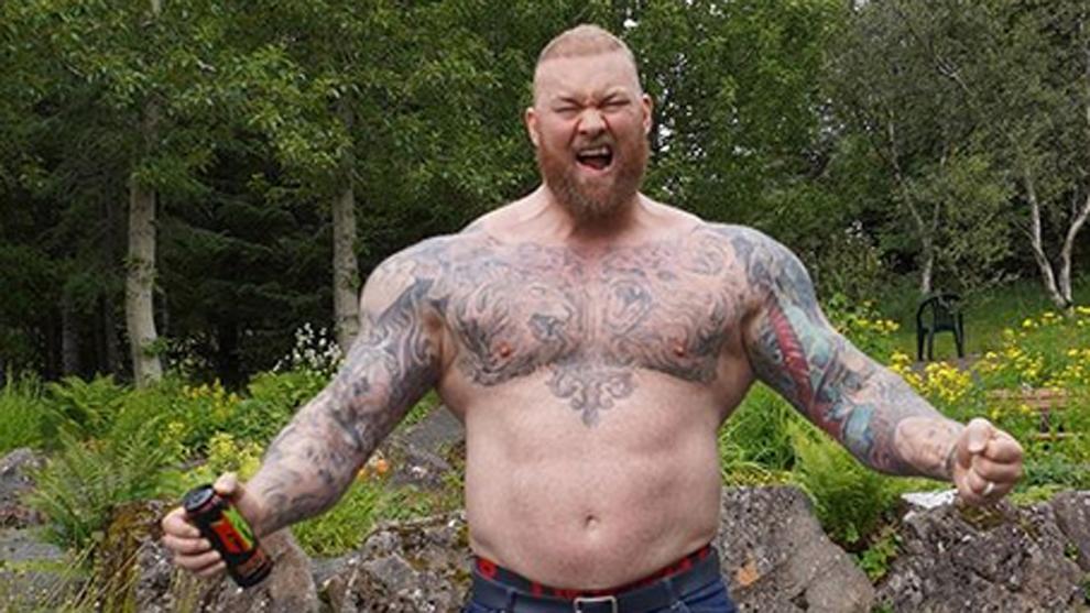 Hafþor Julius Bjornsson, varias veces el hombre más fuerte del mundo...