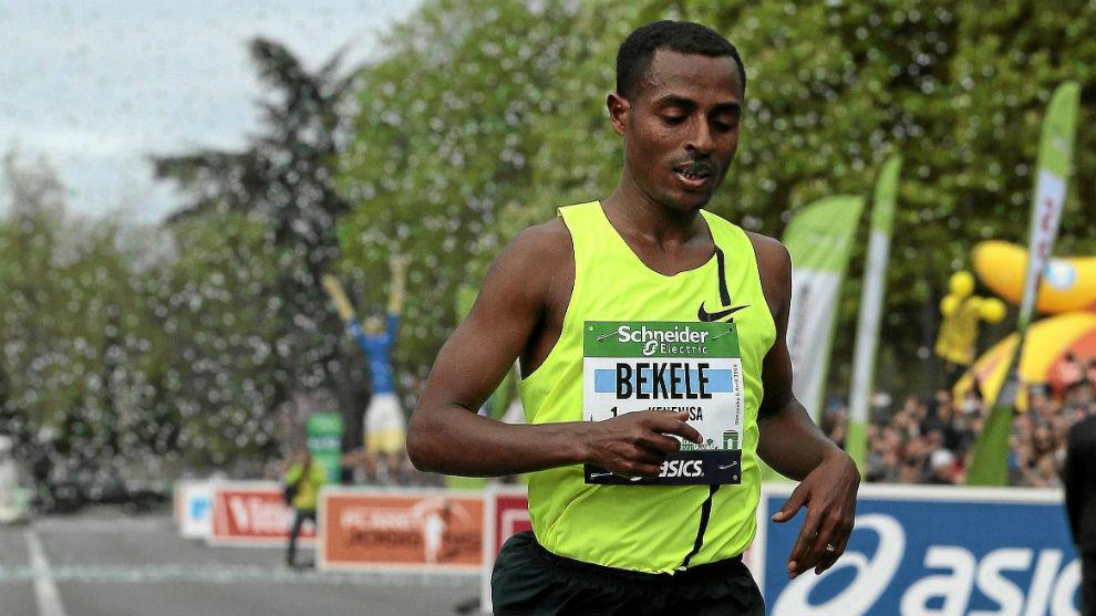 Bekele, en el maratón de París de 2014