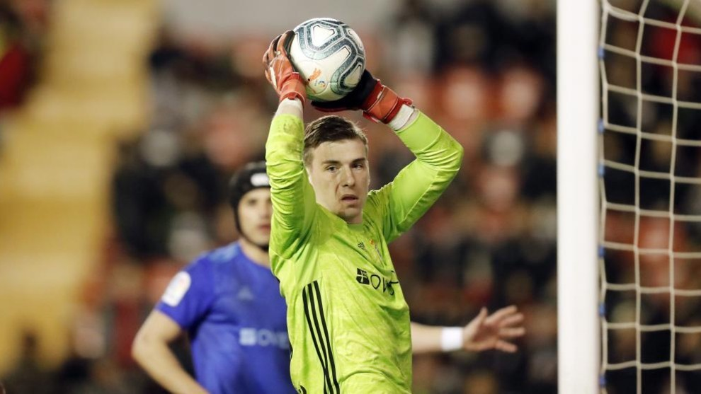 Lunin's challenge: He wants to force a debate around Real Madrid's No.1 shirt