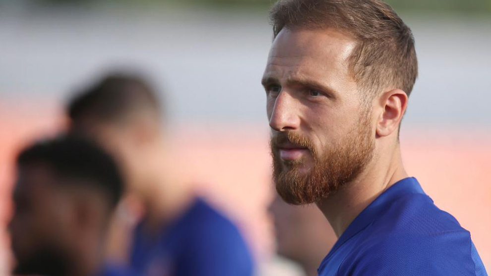 Oblak: It's strange that Atletico Madrid are seen as favourites