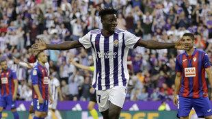 """Salisu ficha por el Southampton y se despide de Valladolid: """"Aquí descubrí el frío y el lavavajillas"""""""
