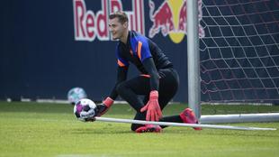 Josep Martínez durante un entrenamiento del Leipzig.