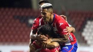 El San Luis obtiene su primer triunfo del torneo