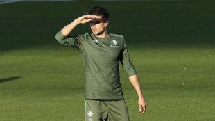 Marc Bartra (29), en un entrenamiento del Betis.