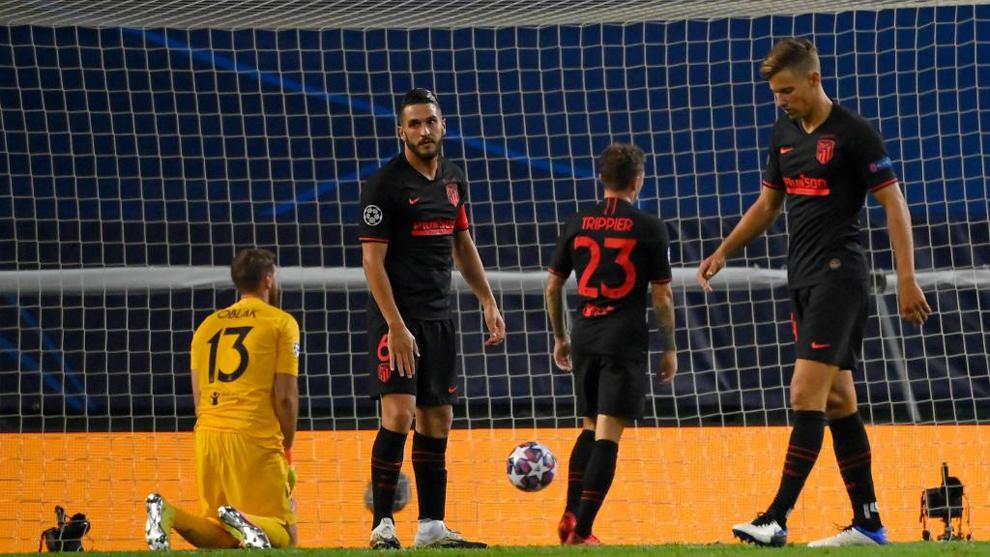 Koke lamenta el gol del Leipzig.