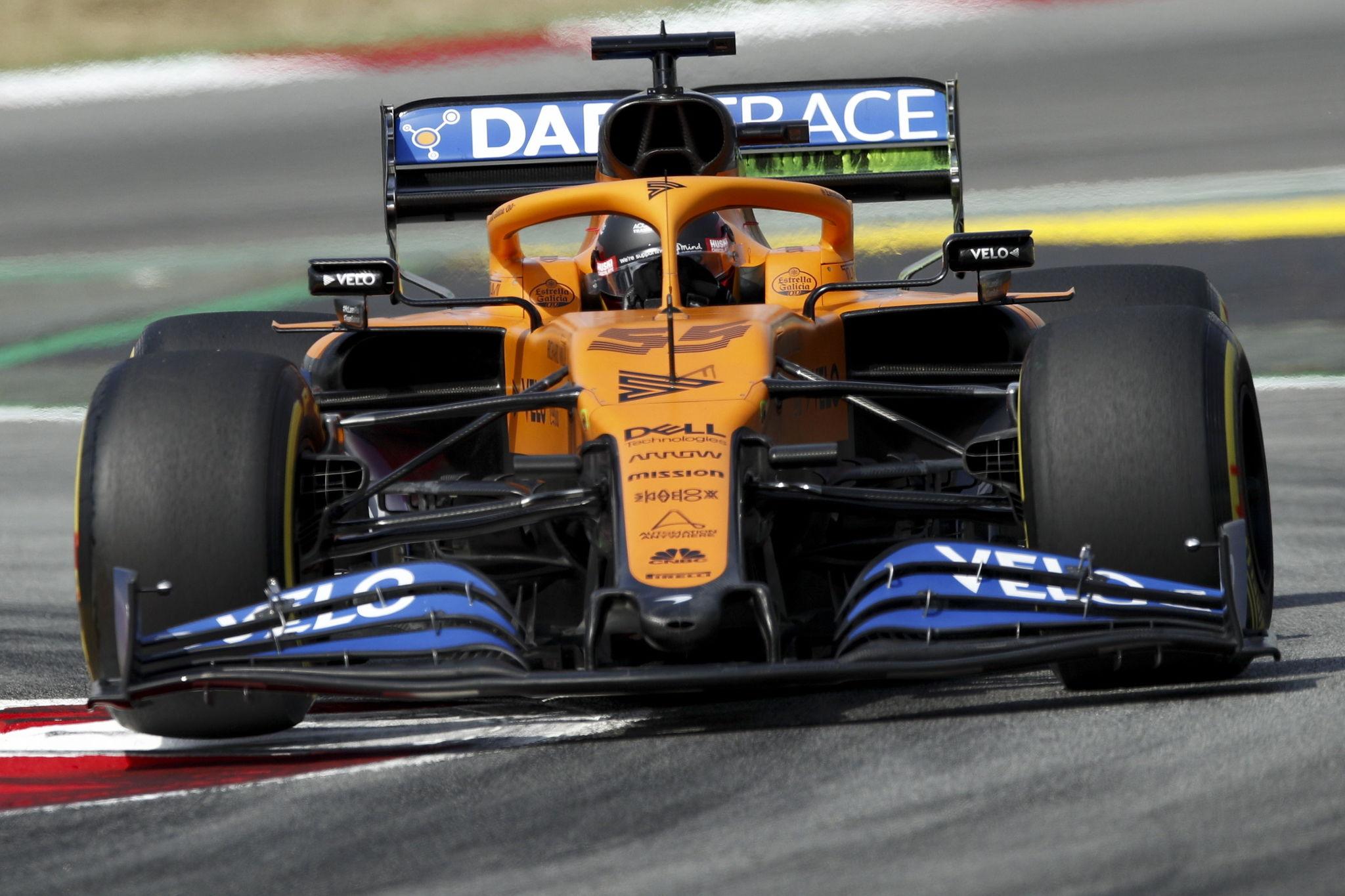 Montmelo (Spain), 14/08/2020.- Spanish Formula One driver lt;HIT gt;Carlos lt;/HIT gt; lt;HIT gt;Sainz lt;/HIT gt; of McLaren in action during the first practice of the Formula One Grand Prix of Spain at the Circuit de Barcelona-Catalunya in Montmelo, Spain, 14 August 2020. The 2020 Formula One Grand Prix of Spain will take place on 16 August 2020. (Fórmula Uno, España) EFE/EPA/Albert Gea / POOL