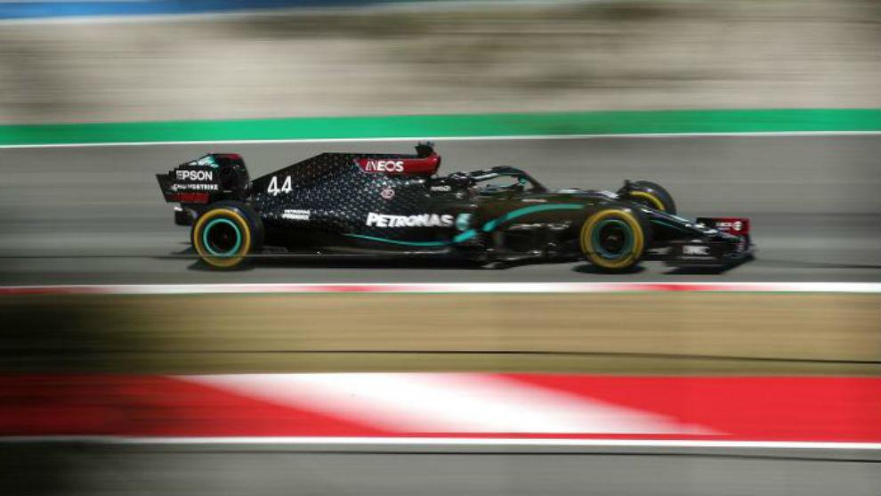Lewis Hamilton ha conseguido el mejor tiempo en los Libres 2 del GP de...