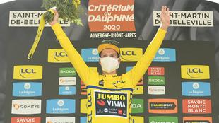 Primoz Roglic con el malliot amarillo tras la etapa 3 de Critérium...